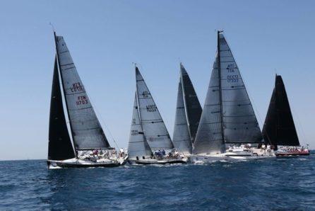 Stern-Enway parte bene in mezzo alle barche grandi alla Coppa italia